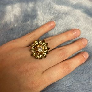 ♠️Kate space flower ring size 6 ♠️